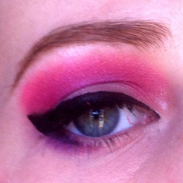 daily makeup pink
